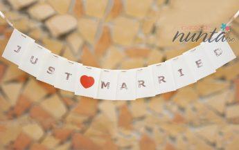 Ghirlanda Just Married cu inima