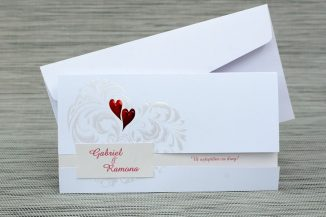 Invitatie de nunta alba cu doua inimioare
