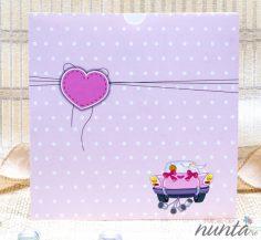 Invitatie roz cu buline si masina mirilor