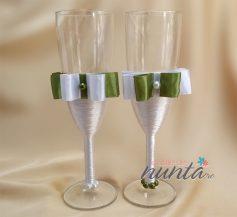 Set pahare miri cu funde alb-olive si perle