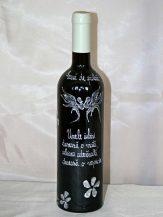 Sticla de vin personalizata cu floricele albe